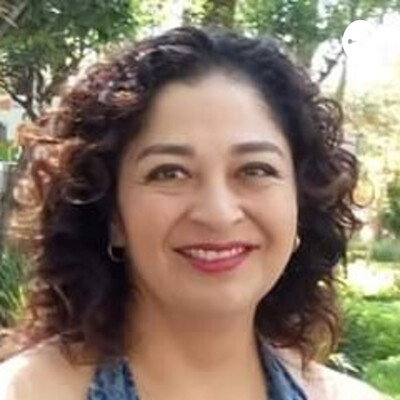 Lili Chavez-Mamá Espiritual