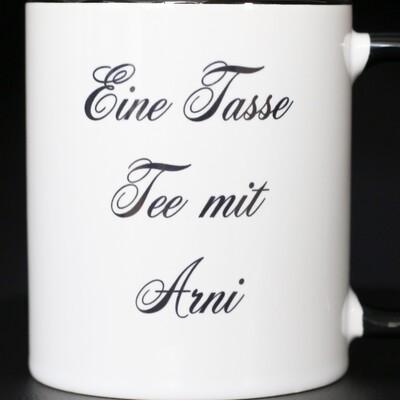 Eine Tasse Tee mit Arni