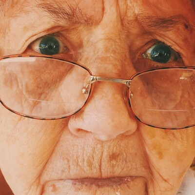 Din Bestemors Podkast