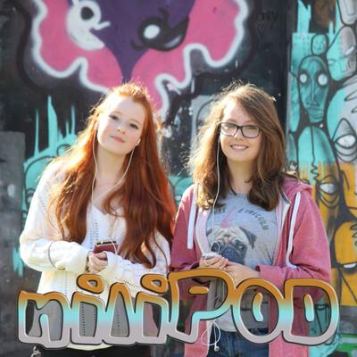NiliPOD: Crazy Teenage Girls Chatting in Their Bedrooms (www.nilipod.com)