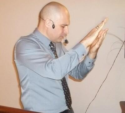 Audio Podcast - Pastor Favio Ceramella