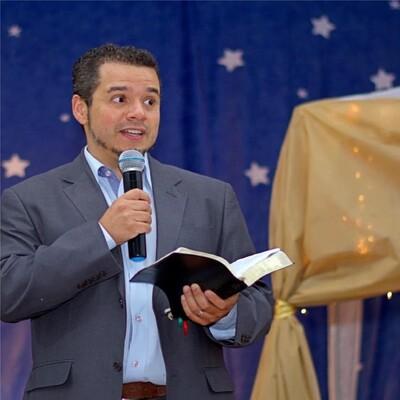 Pr Luiz André Barbosa